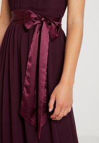 Dorothy Perkins Petite - SHOWCASE NATALIE MAXI DRESS - Vestido de fiesta - oxblood - 7