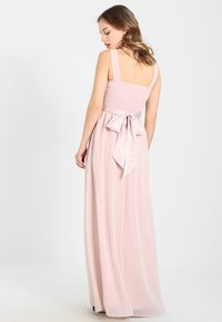 Dorothy Perkins Petite - SHOWCASE NATALIE MAXI DRESS - Ballkleid - peach - 3
