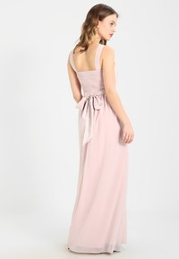 Dorothy Perkins Petite - SHOWCASE NATALIE MAXI DRESS - Ballkleid - peach - 2