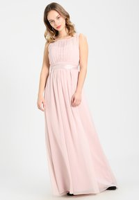 Dorothy Perkins Petite - SHOWCASE NATALIE MAXI DRESS - Ballkleid - peach - 1