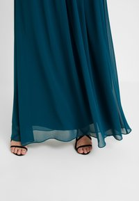 Dorothy Perkins Petite - SHOWCASE NATALIE MAXI DRESS - Vestido de fiesta - sage green - 5