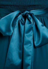 Dorothy Perkins Petite - SHOWCASE NATALIE MAXI DRESS - Vestido de fiesta - sage green - 7