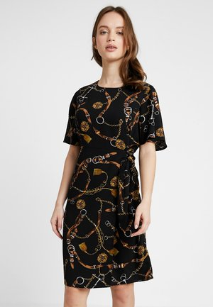 BELT PRINT DRESS - Kjole - black
