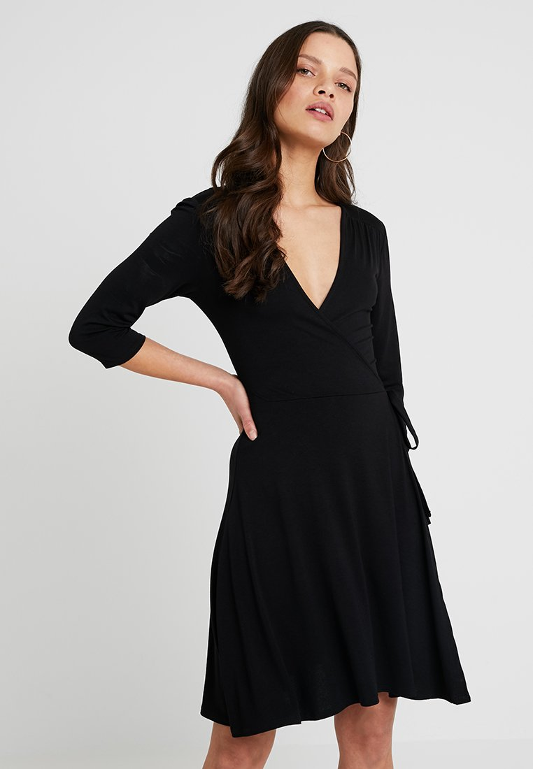 Dorothy Perkins Petite - WRAP DRESS - Žerzejové šaty - black