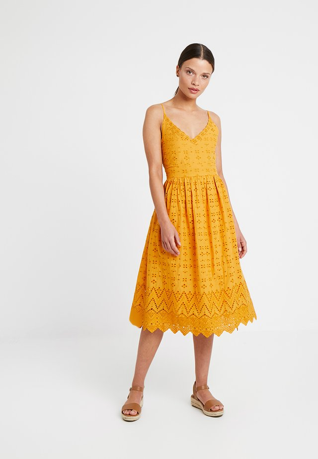 BRODERIE MIDI DRESS - Cocktail dress / Party dress - apricot
