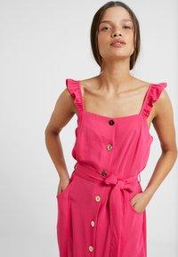 Dorothy Perkins Petite - HOT DRESS - Košilové šaty - pink - 3