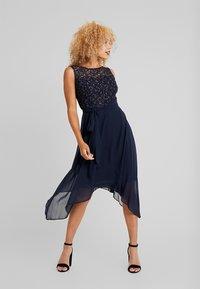 Dorothy Perkins Petite - SLEEVELESS MIDI DRESS - Cocktail dress / Party dress - dark blue - 0
