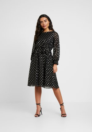 SPOT LONG SLEEVE SHIRRED CUFF MIDI DRESS - Koktejlové šaty / šaty na párty - black
