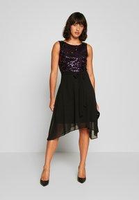 Dorothy Perkins Petite - BILLIE LABEL  - Koktejlové šaty/ šaty na párty - purple - 1