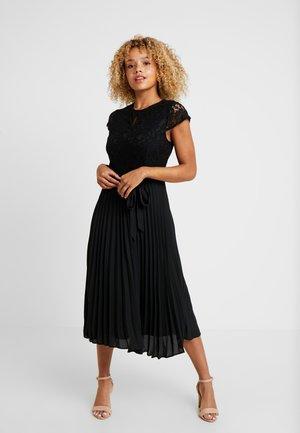 ALICE PLEATED MIDI DRESS - Sukienka koktajlowa - black