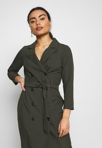 Dorothy Perkins Petite - SLEEVE TRENCH DRESS - Robe fourreau - khaki - 3