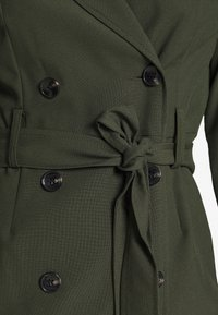 Dorothy Perkins Petite - SLEEVE TRENCH DRESS - Robe fourreau - khaki - 6