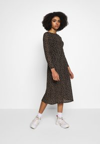 Dorothy Perkins Petite - PETITES SPOT THICK AND THIN DRESS - Kjole - black - 1