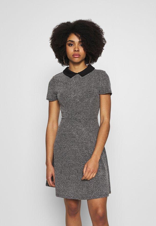 COLLAR FIT AND FLARE - Vestido informal - black