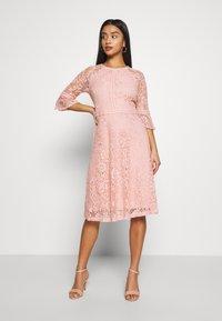 Dorothy Perkins Petite - BLUSH 3/4 SLEEVE TILLY DRESS - Juhlamekko - pink - 2