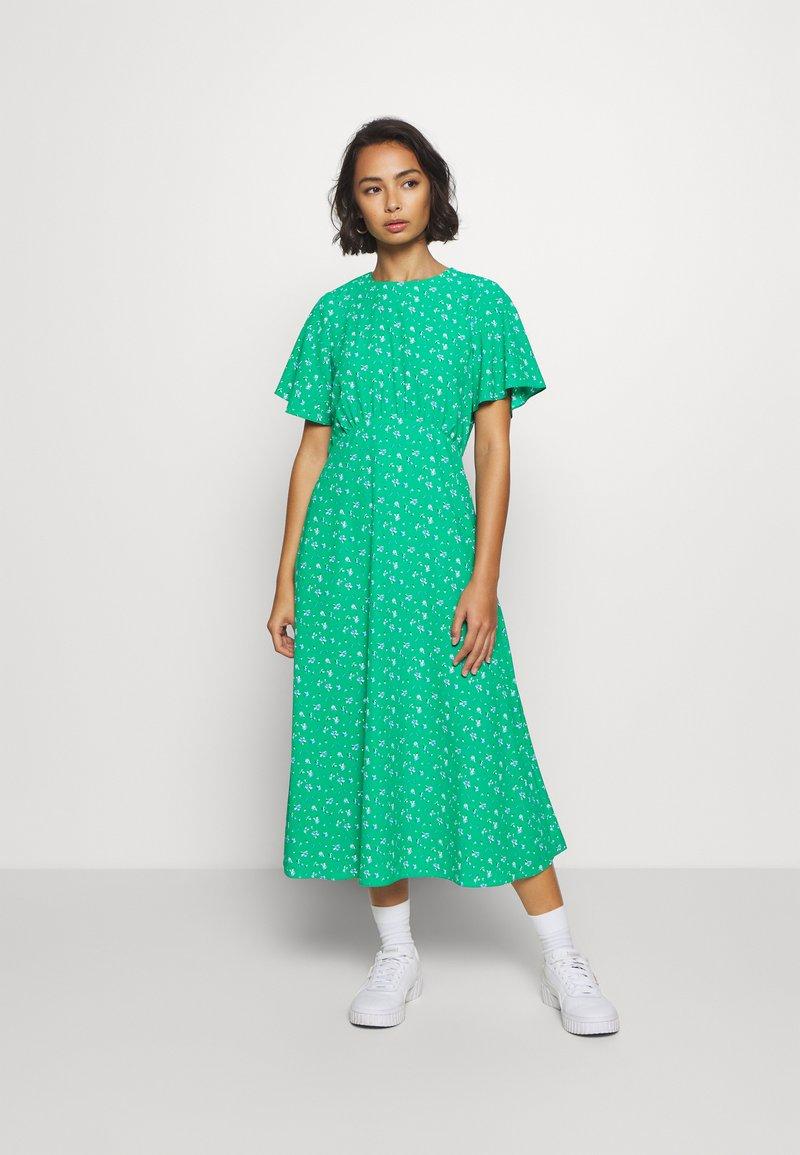 Dorothy Perkins Petite - DITSY EMPIRE DRESS - Sukienka letnia - green