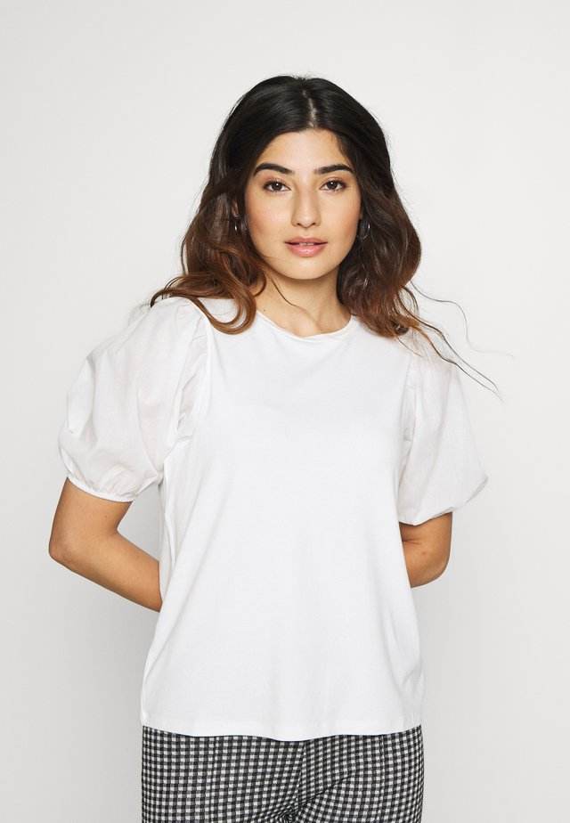 PETITES COTRAST TEE - T-shirt med print - white