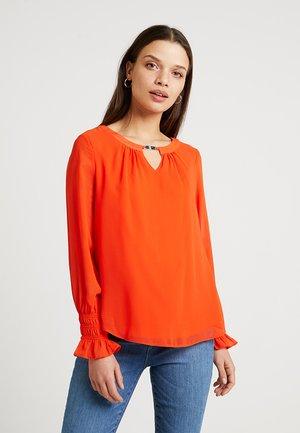 SHEERED CUFF TRIM BLOUSE - Blouse - dark orange