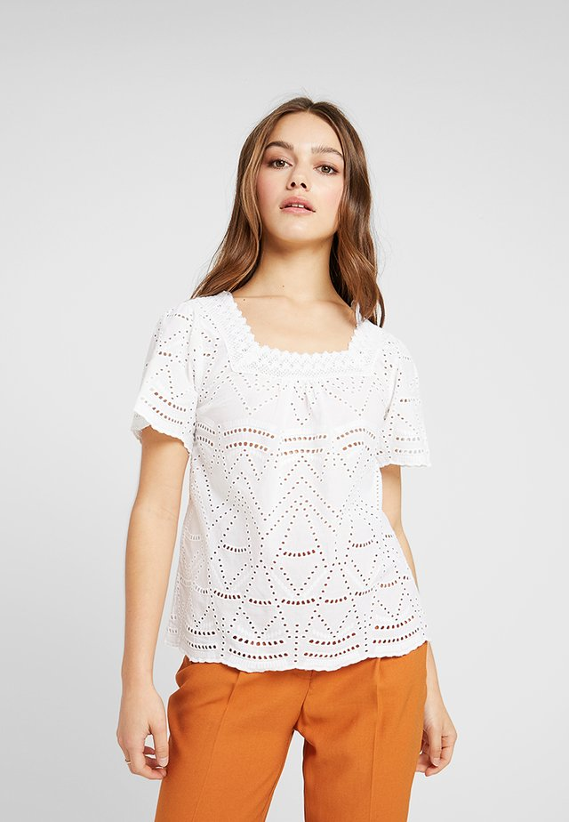 BRODERIE SQUARE NECK - Bluse - ivory