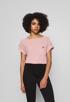 PETITES SOFT TEE - Bluzka - pink