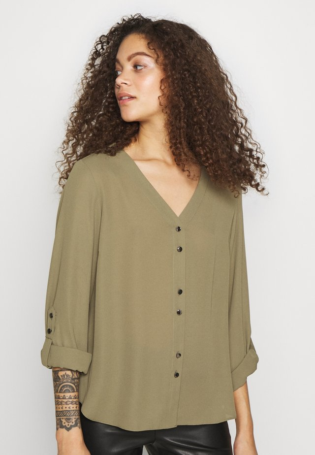 ROLL SLEEVE - Blouse - green