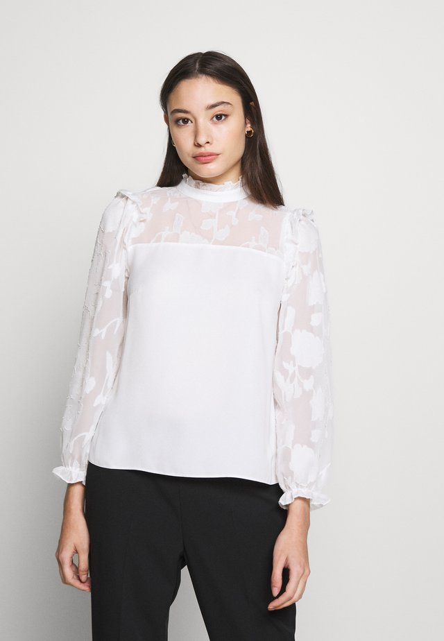 PETITES IVORY BURNOUT LONG SLEEVE TOP - Blouse - ivory