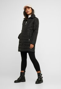 Dorothy Perkins Petite - SUSTAINABLE LONG PADDED JACKET - Short coat - black - 1