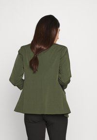 Dorothy Perkins Petite - EDGE TO EDGE ROUCHED SLEEVE JACKET - Blazer - green - 2