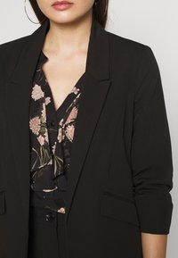 Dorothy Perkins Petite - EDGE TO EDGE ROUCHED SLEEVE JACKET - Blazer - black