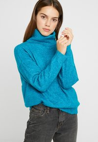 Dorothy Perkins Petite - BOUCLE ROLL NECK - Trui - peacock - 3