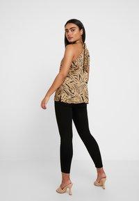 Dorothy Perkins Petite - SHAPE LIFT - Jeans Skinny Fit - black - 2