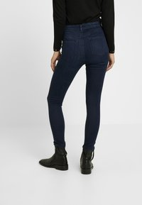 Dorothy Perkins Petite - SHAPE AND LIFT RICH - Jeans Skinny Fit - dark wash - 2