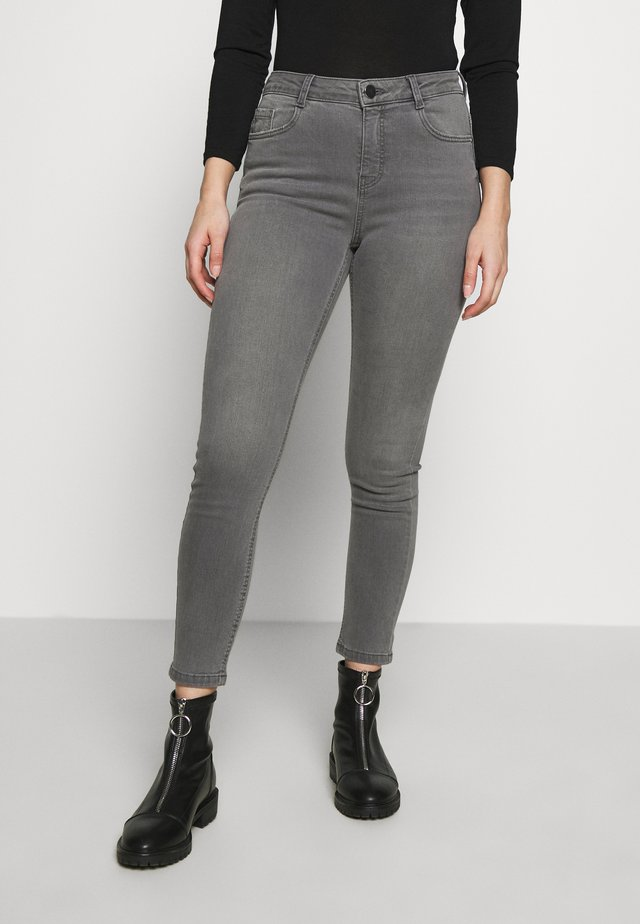 SHAPING JEAN - Jeans Skinny - grey
