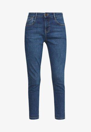 PETITES MIDWASH ABRASION HARPER  - Jeans Slim Fit - mid wash denim