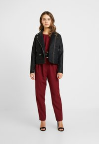 Dorothy Perkins Petite - BELTED - Combinaison - berry - 1
