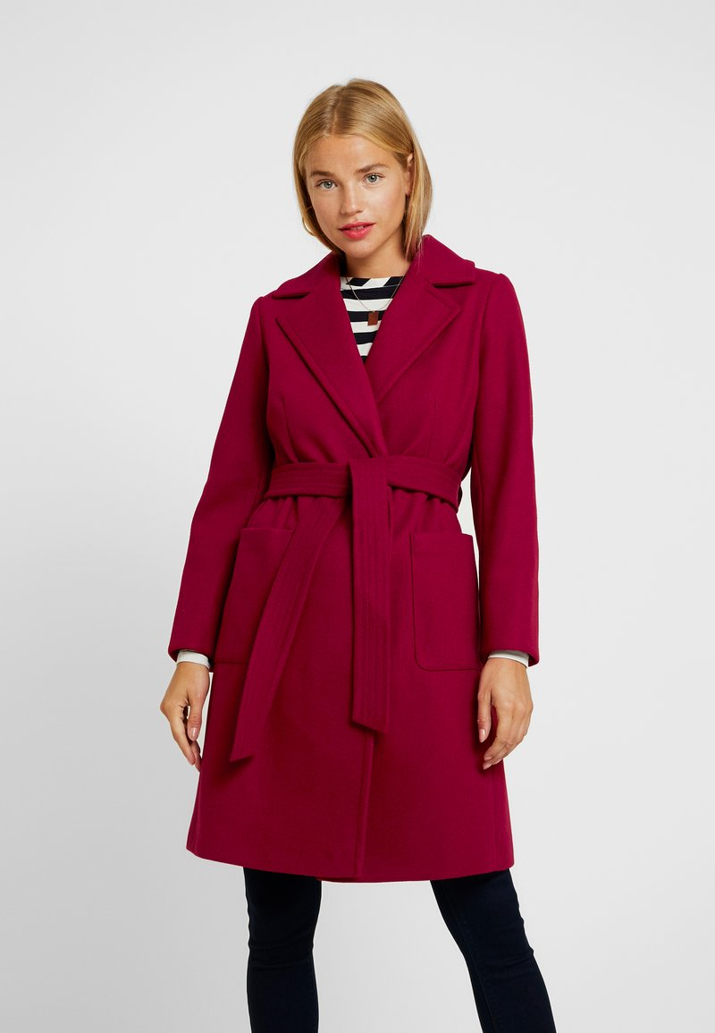 Dorothy Perkins Petite - PATCH POCKET WRAP BLOOD - Classic coat - red