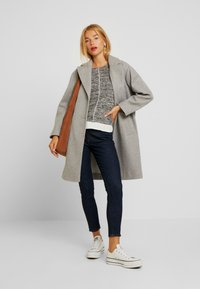 Dorothy Perkins Petite - RELAXED UNLINED - Manteau classique - grey marl - 1