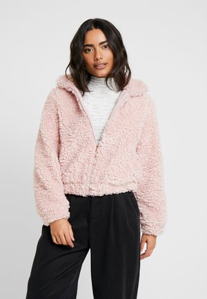 SHORT TEDDY COAT - Winter jacket - pink