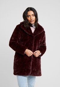 Dorothy Perkins Petite - LONG LINE PELTED - Winter coat - berry red - 0