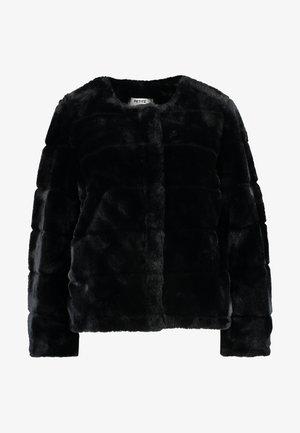 SHORT CARVED - Chaqueta de invierno - black