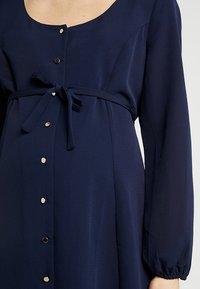 Dorothy Perkins Maternity - BUTTON TEA DRESS - Košilové šaty - navy - 5