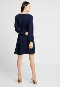 Dorothy Perkins Maternity - BUTTON TEA DRESS - Košilové šaty - navy - 2
