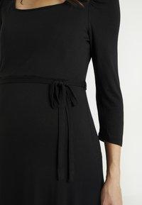 Dorothy Perkins Maternity - MOLLY GRAZER DRESS - Žerzejové šaty - black - 5