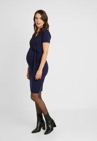 Dorothy Perkins Maternity - RUCH WRAP NURSING DRESS - Vestido ligero - navy - 0