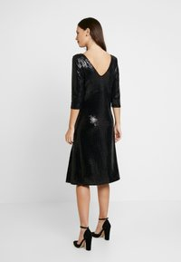 Dorothy Perkins Maternity - SEQUIN MIDI - Cocktail dress / Party dress - black - 3