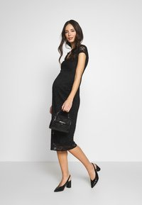 Dorothy Perkins Maternity - V NECK BODYCON DRESS - Denní šaty - black - 1