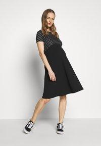 Dorothy Perkins Maternity - MATERNITY SPOT DRESS - Vestido ligero - black - 1