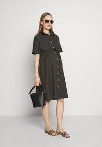 Dorothy Perkins Maternity - LINEN SHIRT DRESS - Sukienka koszulowa - khaki - 1