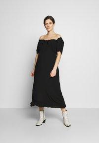 Dorothy Perkins Maternity - MATERNITY MILKMAID CRINKLE DRESS - Jerseykjoler - black - 1