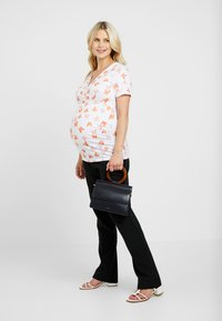 Dorothy Perkins Maternity - RUCH WRAP  - Printtipaita - ivory - 1